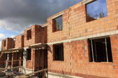 Nepalska Zakończono Budowę Pierwszego Piętra Projekty